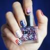 Малюнки на нігтях пензликом - 33 фото