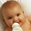 Як відучити дитину від молока